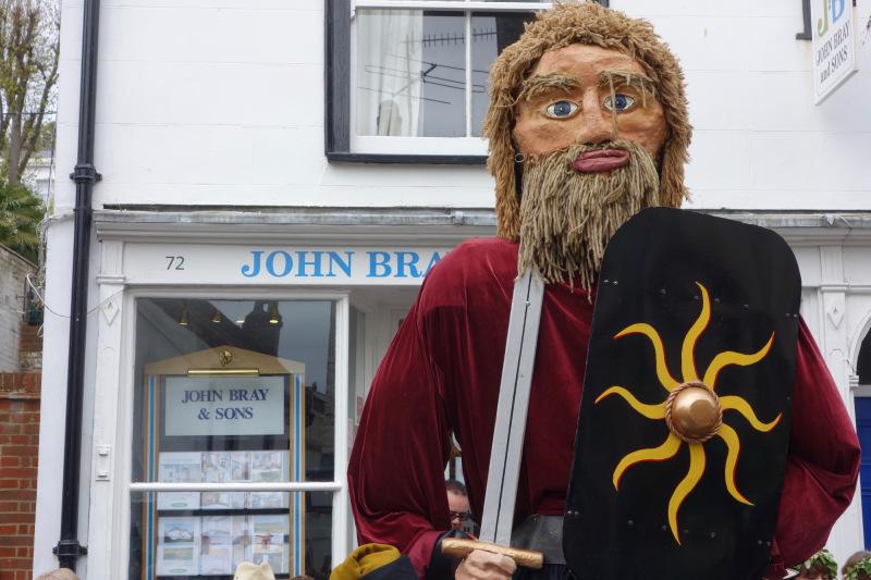 JITG Hastings - Effigy of a king