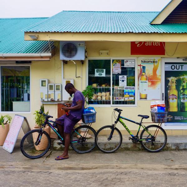 seychelles-la-digue-cycles-06
