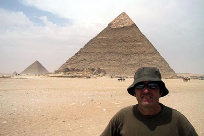 cairo_me_pyramid_closer