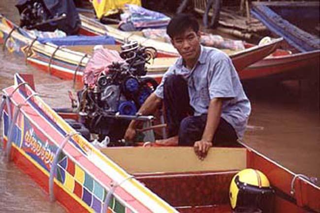 Long Boat driver in Laos