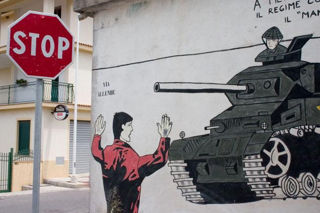orgosolo_stop_sign_mural