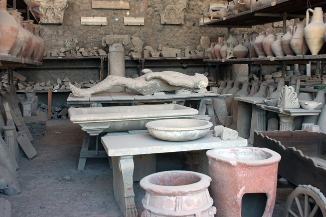 pompeii_body_laying_flat