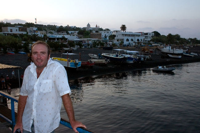 stromboli_harbour_peter